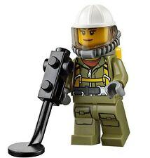 LEGO CITY VOLCANO SCIENTIST Female MINIFIGURE w/ Metal Detector AUTHENTIC NEW