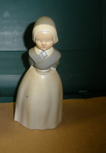 "vintage Atlantic Mold Thanksgiving lady pilgrim 6"" tall NICE"