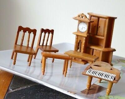 4 lots Poupees Maison en Bois miniature Accessoires Accueil Meubles Enfants L2F1