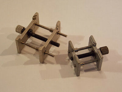 Coppia di porta movimenti reversibili in metallo serraggio a vite professionali