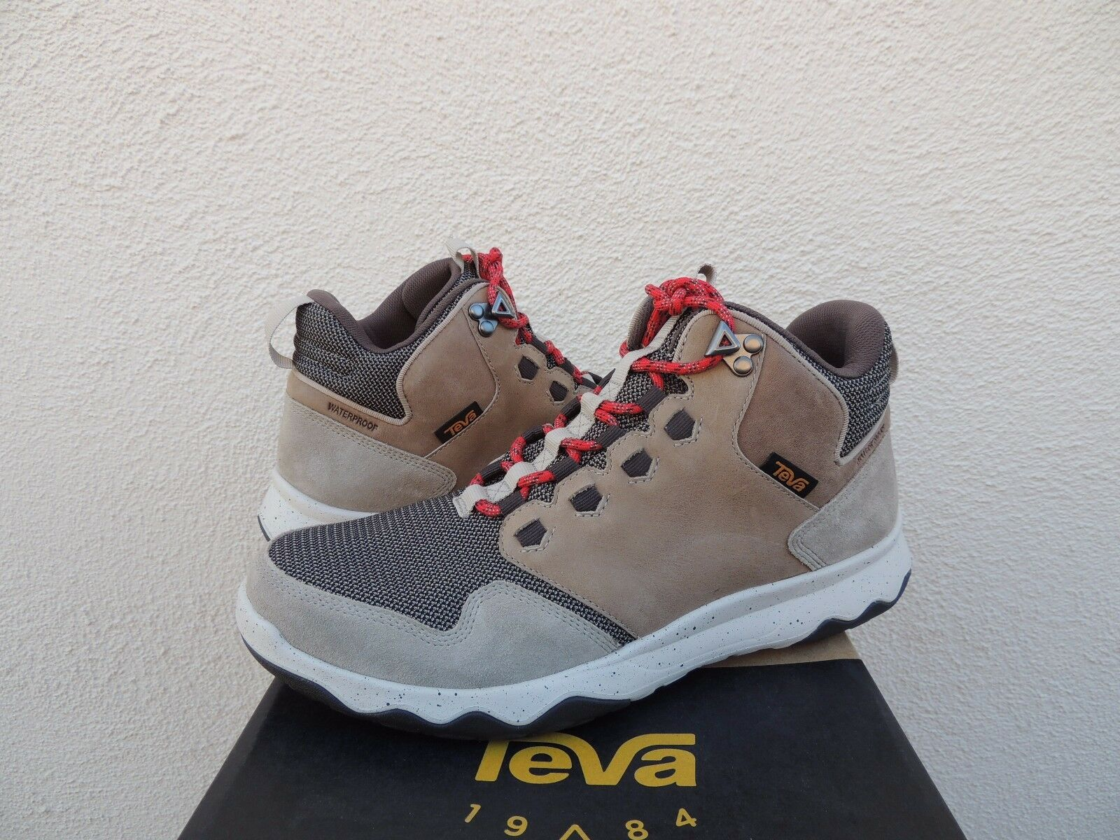 TEVA PLAZA TAUPE ARROWOOD MID WP ~NEW LEATHER SNEAKER BOOTS, hommesUS 9/ EUR 42 ~NEW WP 754e83