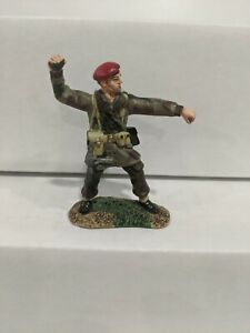 Conte-WWII-British-Paratrooper-Single-figure-Pewter-B