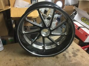 Ducati Duval Black Brembo Rear Wheel Rim 2011 15 Ebay