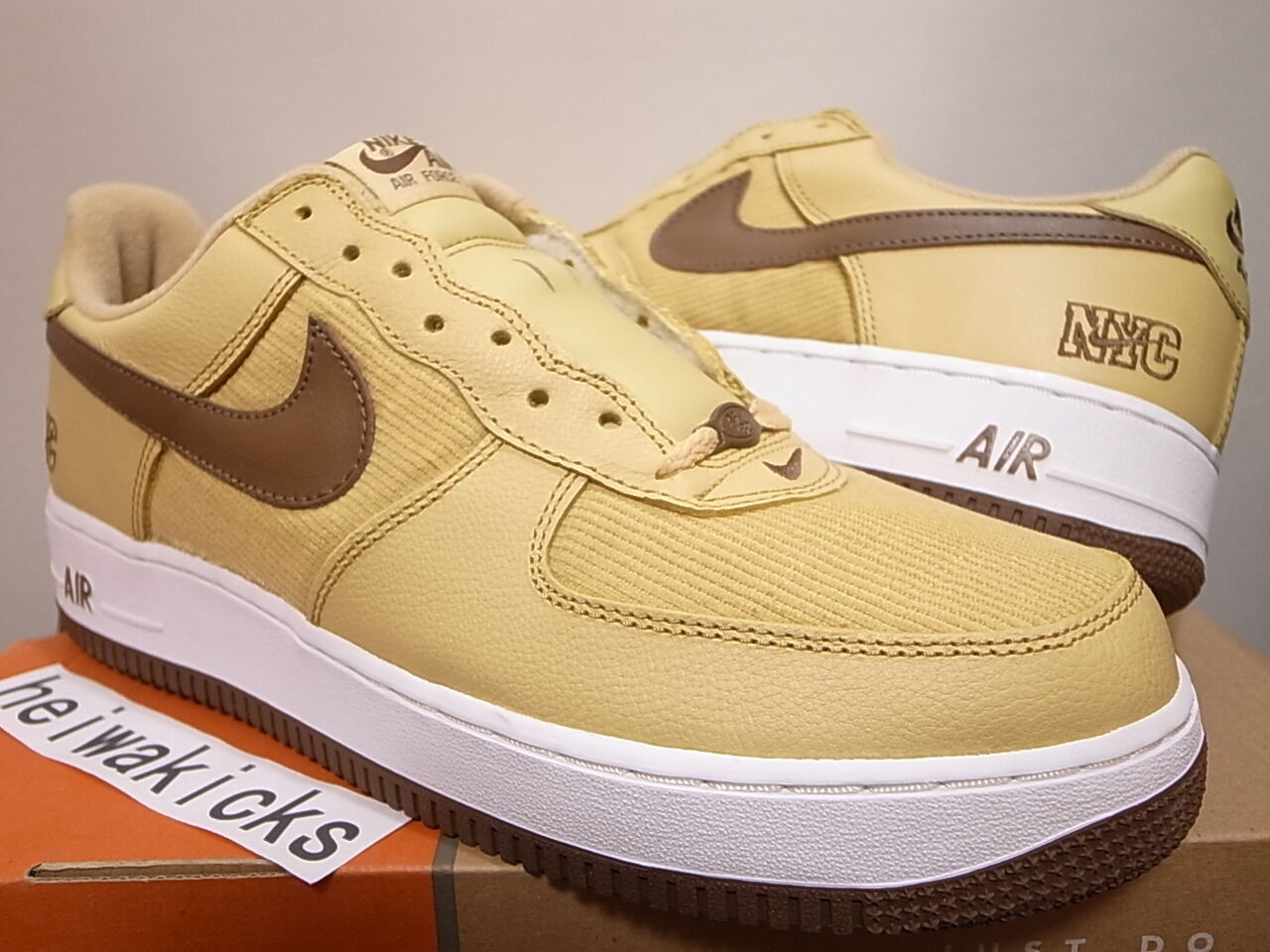 2003 NIKE AIR FORCE 1 NYC CORDUROY GOLD DUST/BISON-blanc 306509-721 Taille 11