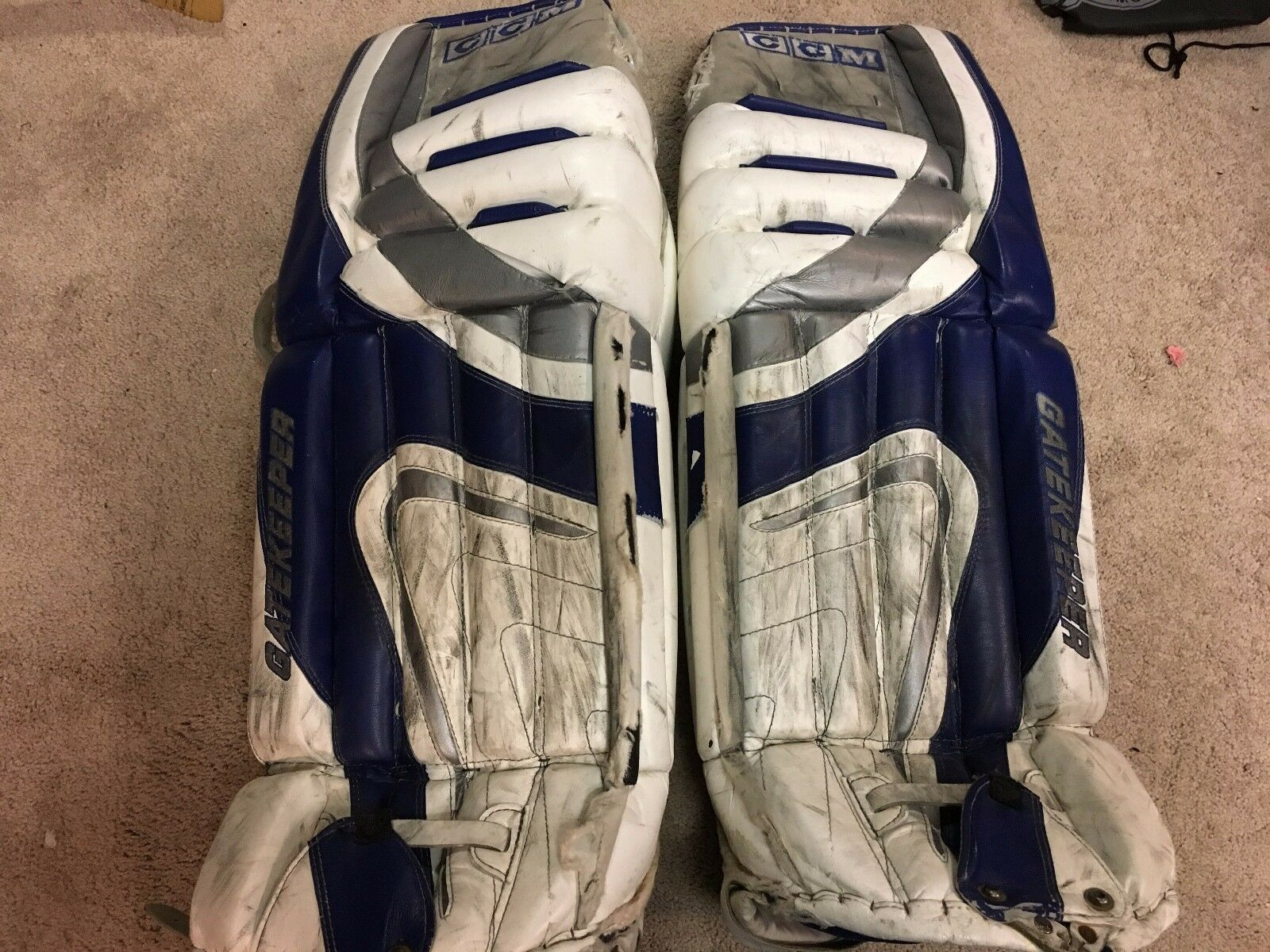 ED BELFOUR 05'06 Tgoldnto Maple Leafs NHL Game Worn Used Goalie Leg Pads COA