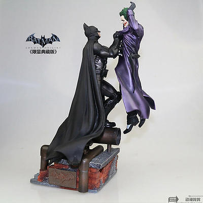Warner Bros Batman Arkham Origins Statue VS Joker Collectors Edition DC Comic