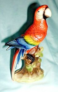 "Beautiful Vintage UCGC Red Yellow & Blue Parrot Ceramic 8"" Figurine JAPAN"
