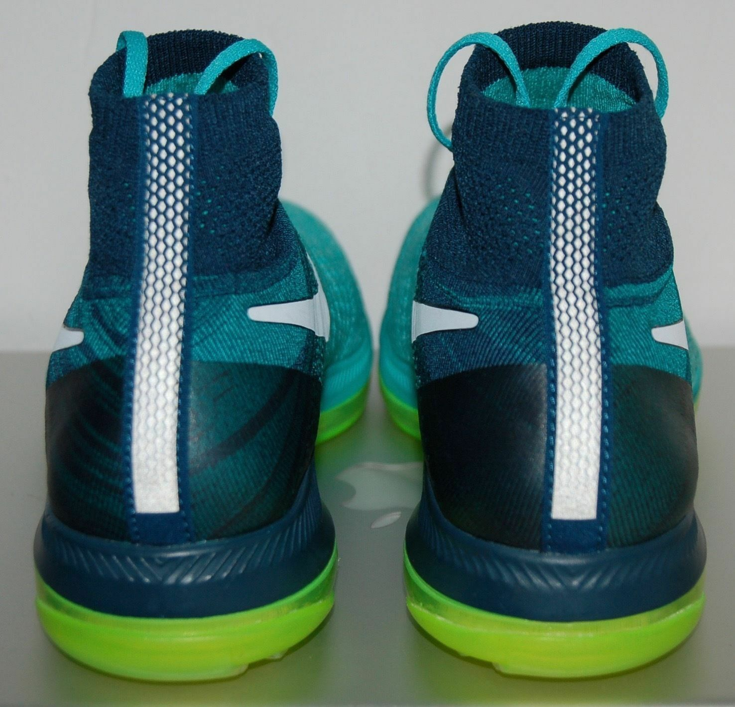 Nike Air Women's Zoom All Out Flyknit Running shoes shoes shoes 845361-313 US Size 6.5 df7e00