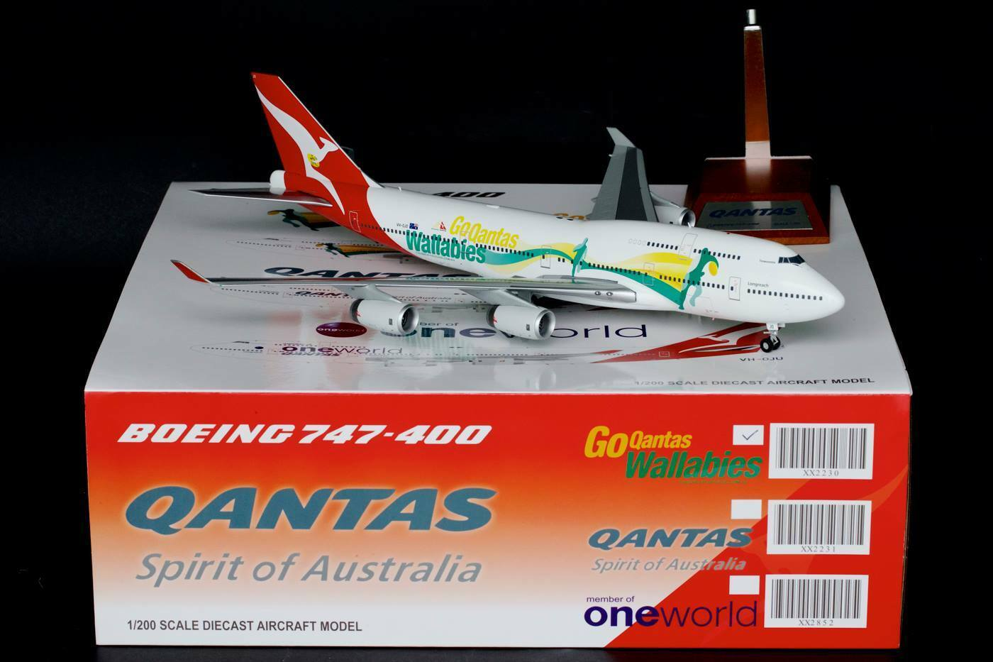 JC WINGS JC2230 1 200 QANTAS B747-400 'WALLABIES' VH-OJO WITH WITH WITH STAND a5f916