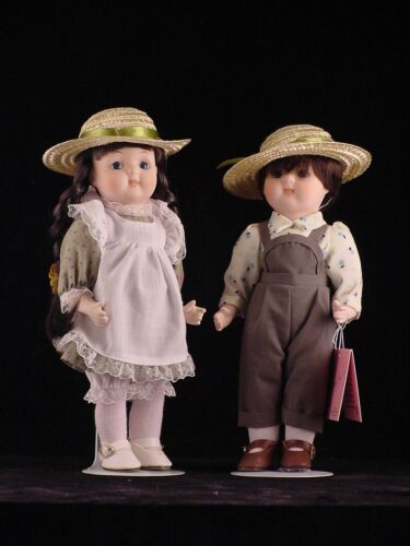 """Farm Twin"" dolls by Marian Yu Designs Heirloom Coll. Porcelain w Box 10"" MYD"