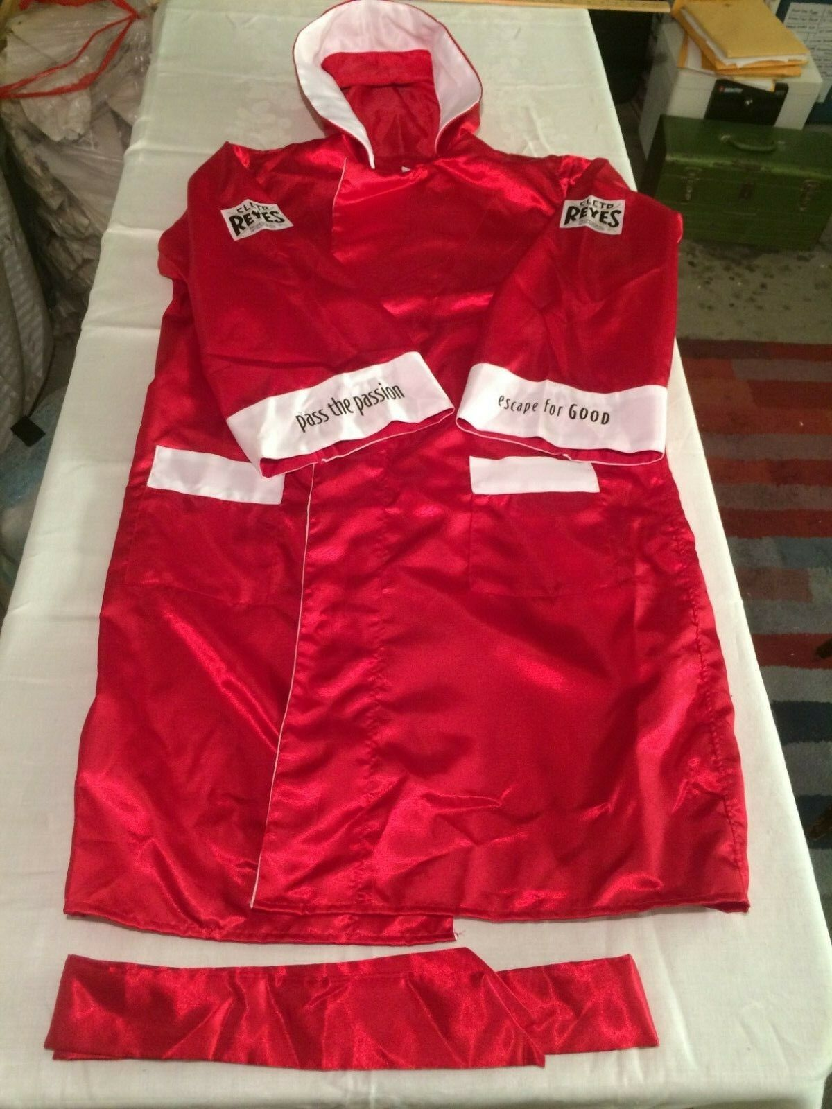 Cleto Reyes Satin Boxing Robe with Hood (XL) Red