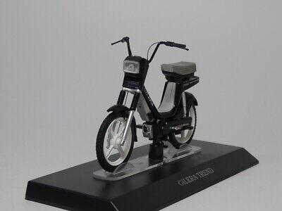 1:18 scale motorcycle model MOTRON GL-4