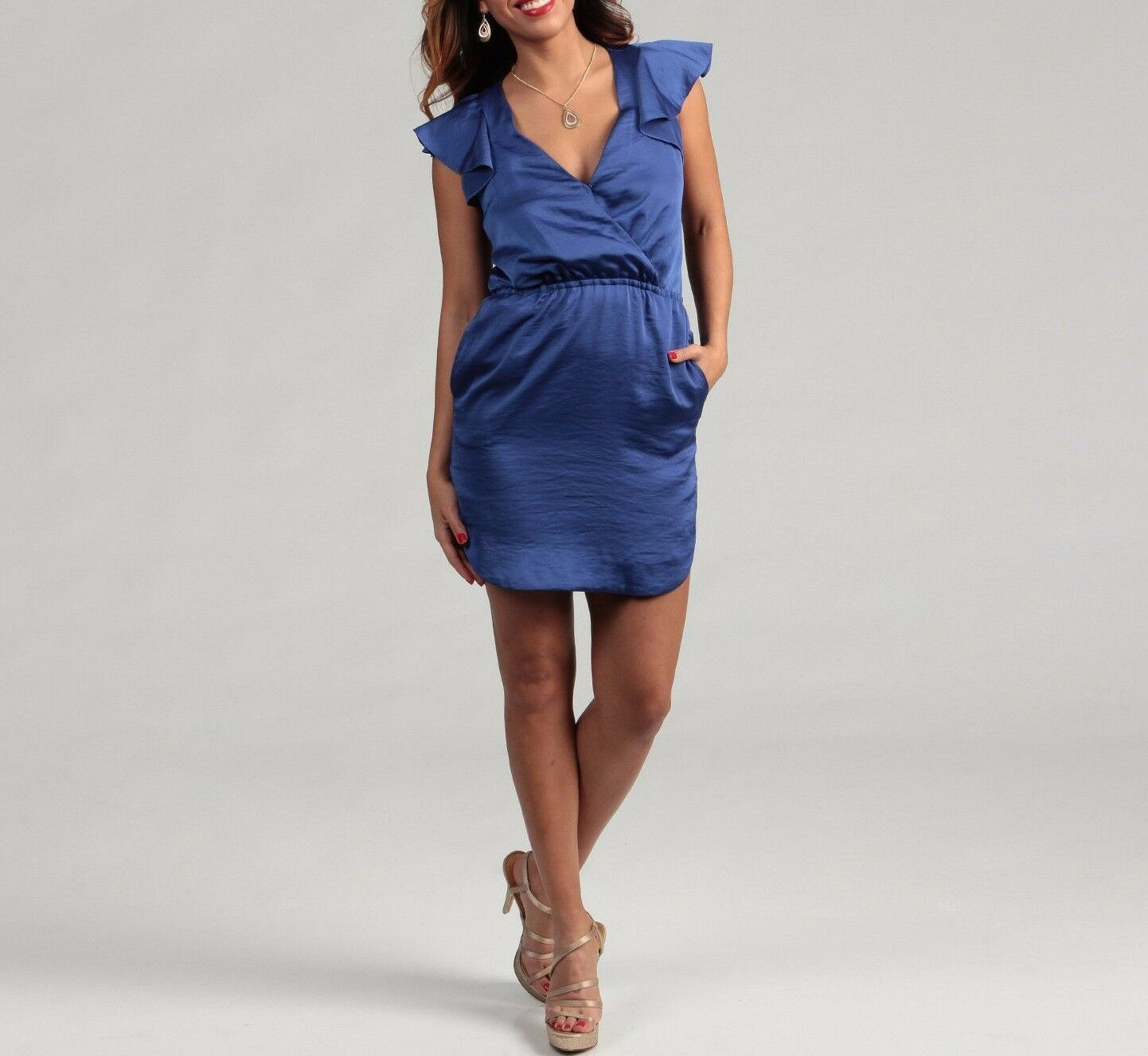 BCBG Generation Women's Size Large bluee Azure Ruffle Strap Dress