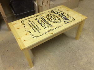 Stupendous Bespoke Carved Jack Daniels Coffee Table Man Cave Lady Cave Home Interior And Landscaping Oversignezvosmurscom