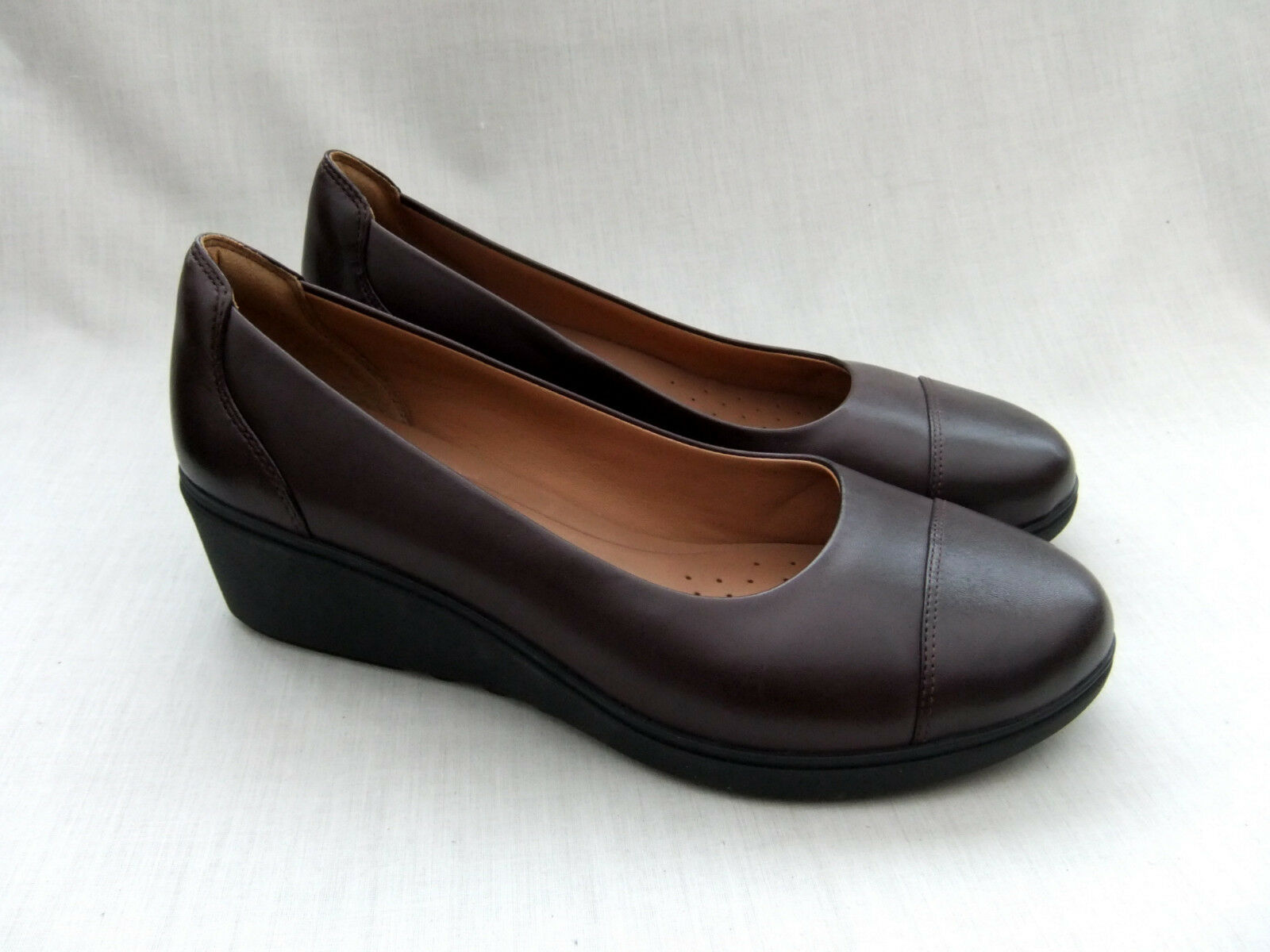 Zapatos De Cuero nuevo CLARKS UNSTRUCTUrojo UN tallara Dee Berenjena Berenjena Berenjena Talla 7.5 41.5  en promociones de estadios