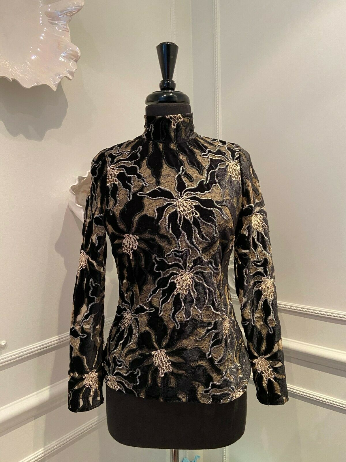 BEAUFILLE Embroidered Burnout Velvet and Lace Lon… - image 3