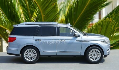 1:18 Scale LINCOLN NAVIGATOR Metal Diecast Model Car collection and Decoration