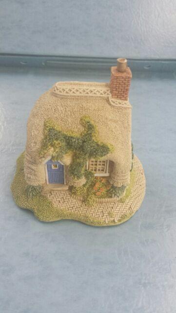 Lilliput Lane Collectors Club Petticoat Cottage 1994 Handmade in Cumbria UK