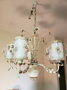 Vintage-Italian-Gilt-Tole-Chandelier-Ceiling-Light-6-Arm-Glass-Globes-Flowers