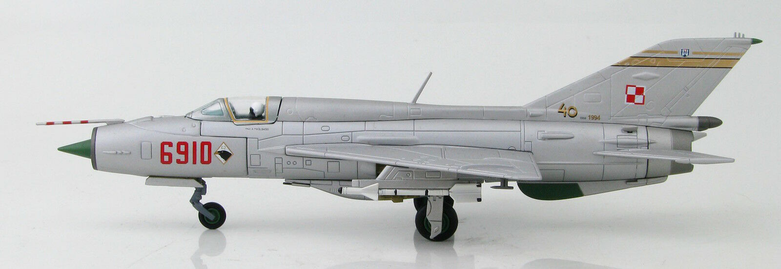 1 72 MIG-21PFM, No.6910,  1st Sqn. of 62nd Fighter RegiHommest, Polish AF - HA0185  distribution globale
