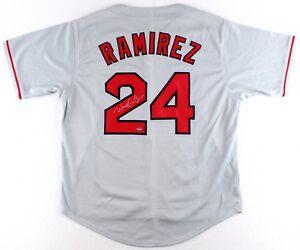 Manny Ramirez Signed Red Sox Jersey (Schwartz COA)500 Home Run Club ... 7e2ad56ad3b