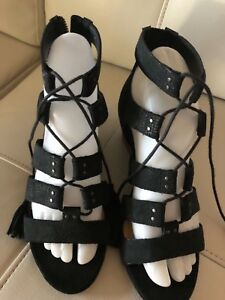 Caged Snake Noir Wedge Yasmin Sandales 1015067 Ugg 7 Chaussures q75wE5CO