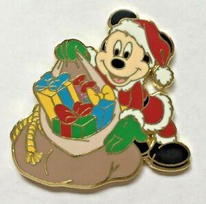 Disney-Pin-Badge-Mickey-Santa-Clause-and-Sack
