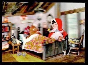 1966 Little Red Riding Hood Lenticular 3D Disney novelty postcard