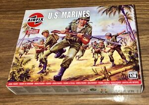 Airfix-Military-Model-Figures-1-76-WWII-U-S-MARINES-Age-8-Vintage-Classic