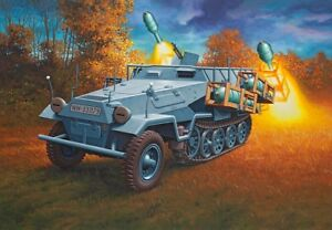 Revell-03248-1-35-WWII-Dt-Sdkfz-251-1-Ausf-B-Stuka-Zu-Fuss-Neu