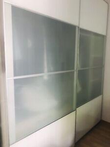 IKEA PAX Schiebetüren weiß und Milchglas 200 x 236 x 60 cm ...
