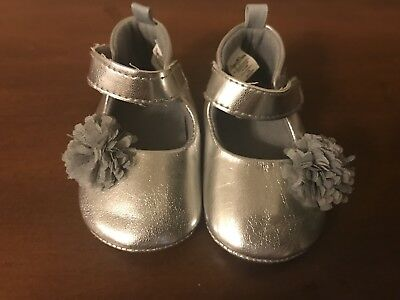 silver infant girls dress shoes with