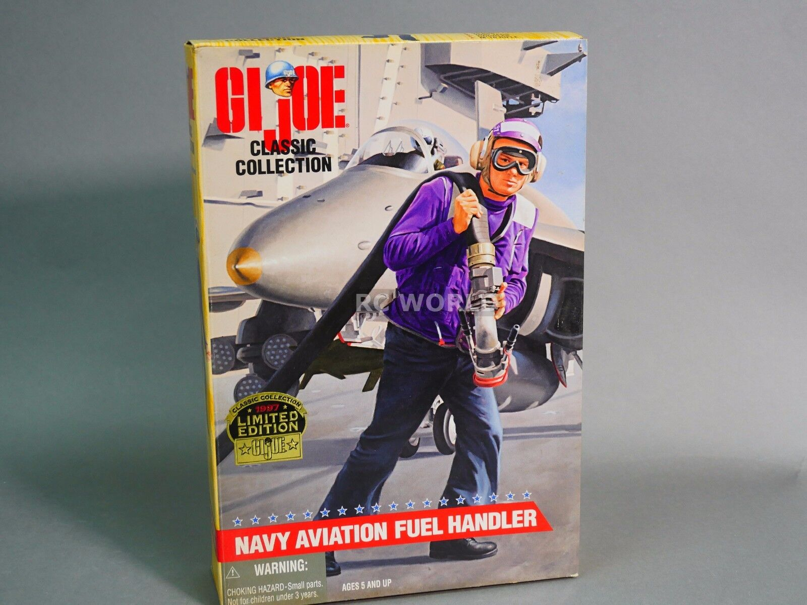 Vintage G.I JOE Classic Classic Classic Collection NAVY FUEL HANDLER  GRAPES  SOLDIER 12   rk2 2cd2e0