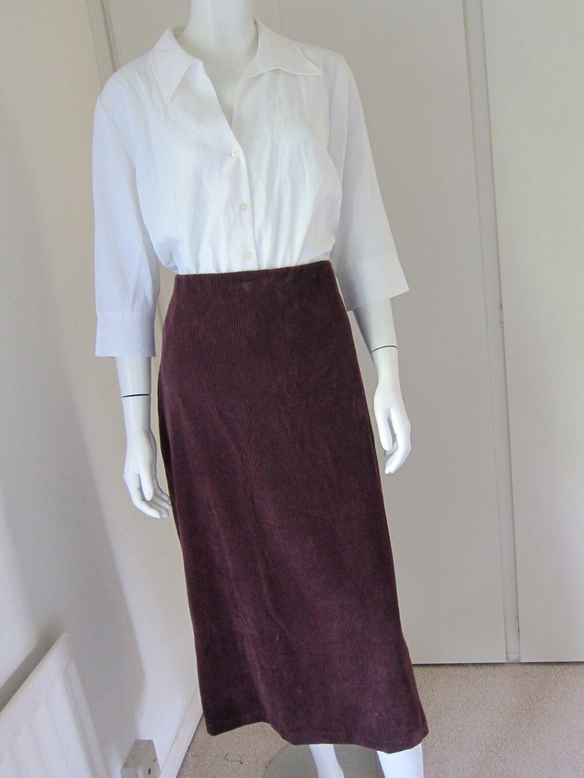 David Nieper. Maroon Skirt Size Large. 32 . Cotton corduroy
