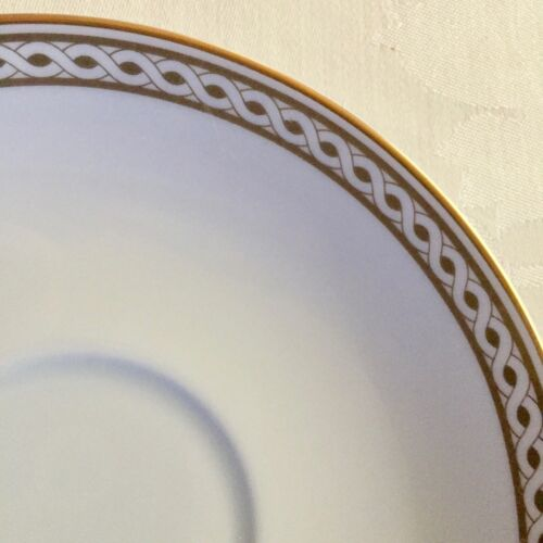WEDGWOOD GRANVILLE EMBASSY COLLECTION GOLD /& WHITE SAUCER GREAT CONDITION