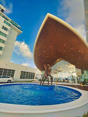 Departamento en venta  3 recamaras amueblado zona hotelera Cancun Frente  Mar