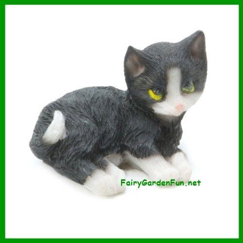 Fairy Garden Fun Large Black and White Cat  Kitten Miniature Dollhouse NEW