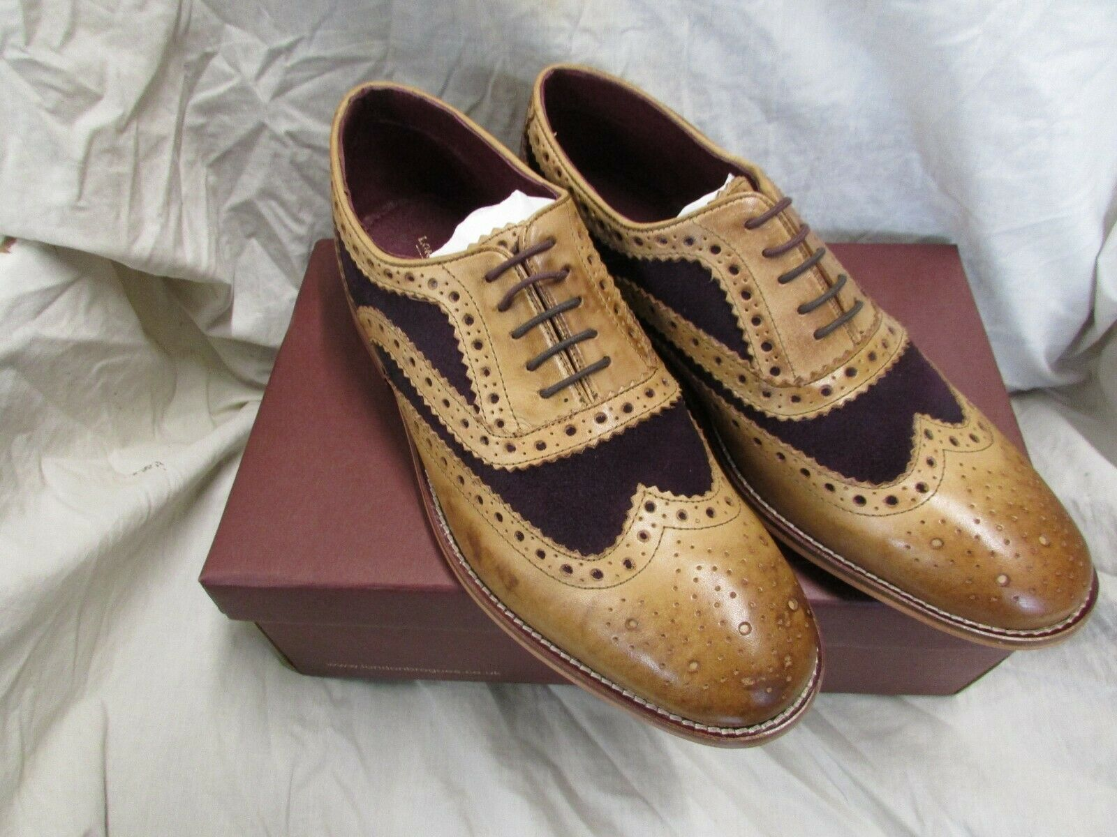 MENS LEATHER BROGUE SIZE 10