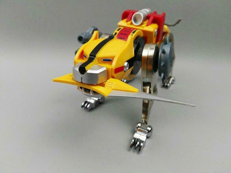 (In-Hand) Fantasy Jewel FJ-BSW04 Voltron Lionbot Die-Cast Gelb Lion Figure NEW