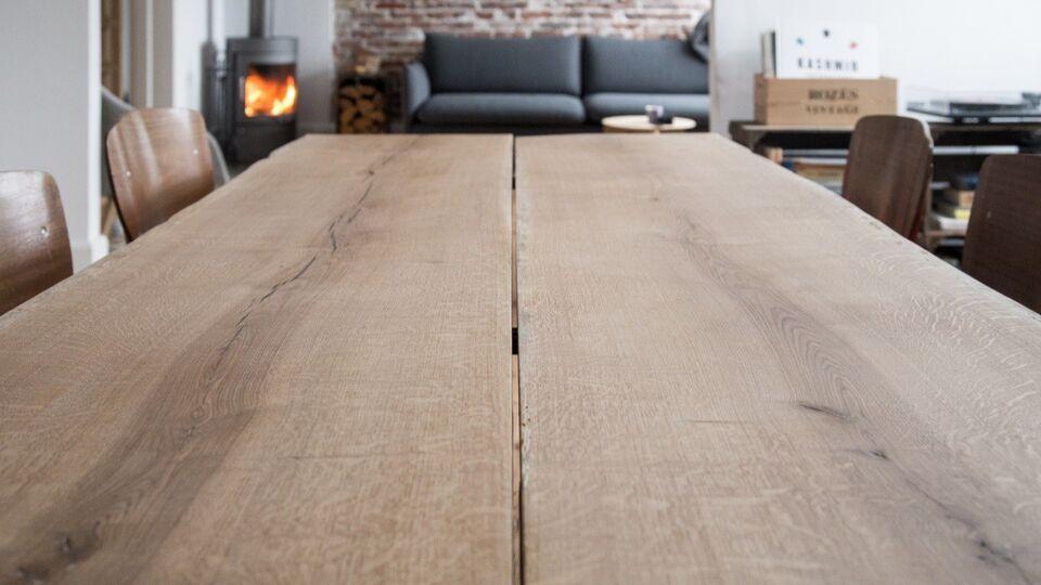 Spisebord, Nyt plankebord , Ovntør egetræ