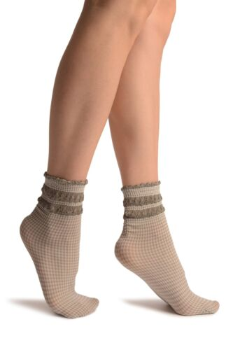 SA002913 White and Grey Checkered And Silky Comfort Top Ankle High Socks