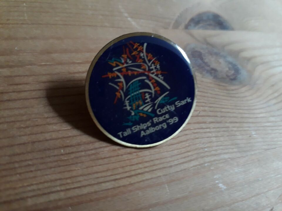 Andre samleobjekter, pins 99