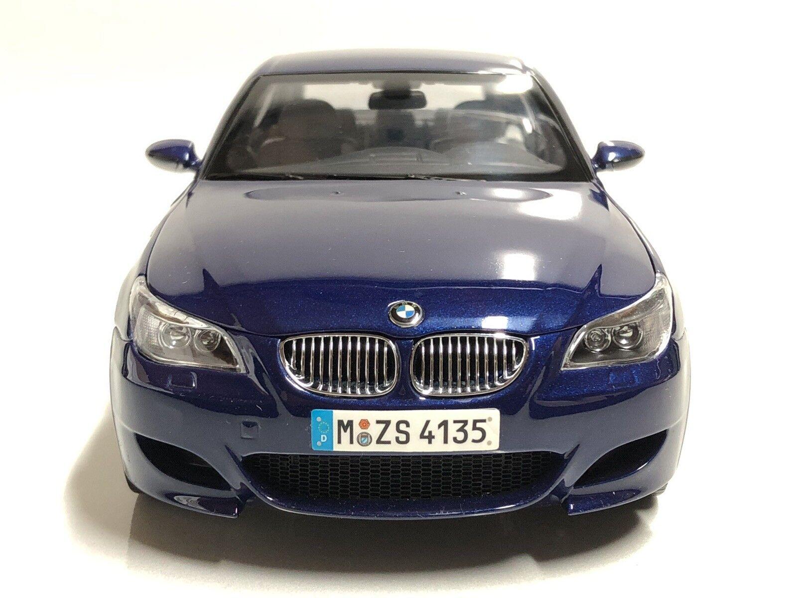 1 18 Kyosho BMW M5 E60 edición del distribuidor