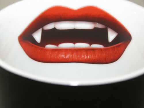 Vampire Love Bites Mug Great Details NEW by Konitz of Germany