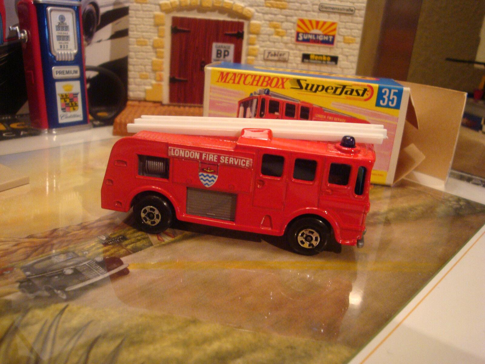 Matchbox MB35 feliz clima camión de bomberos Superfast Lesney England Como Nuevo En Caja