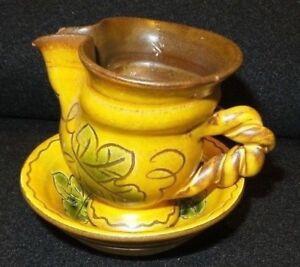 Antique-Mini-Wash-Bowl-amp-Pitcher-Set-hand-painted-Made-in-Liechtenstein