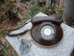 Retro-Phone-Rotary-Dial-Northern-Telecom-Round-Space-Age-Telephone-Brown-Canada