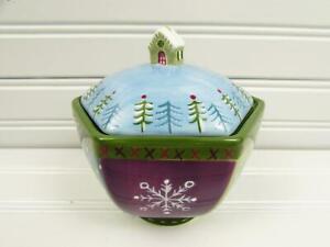Ski-Lodge-by-Zrike-Sugar-Bowl-Winter-Motif-Snowflakes-Multisided-b57