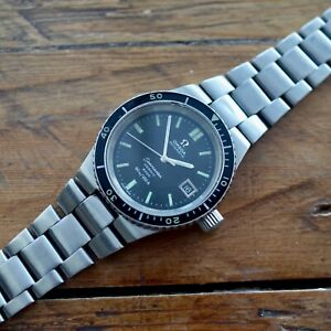 VINTAGE-OMEGA-SEAMASTER-COSMIC-2000-AUTOMATIC-STEEL-CASE-DIVERS-WATCH-CIRCA-1970