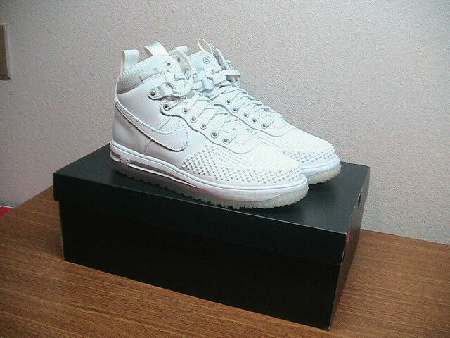 NEW Mens 9 NIKE Air Lunar Force 805899-101 Duckboot White Athletic shoes